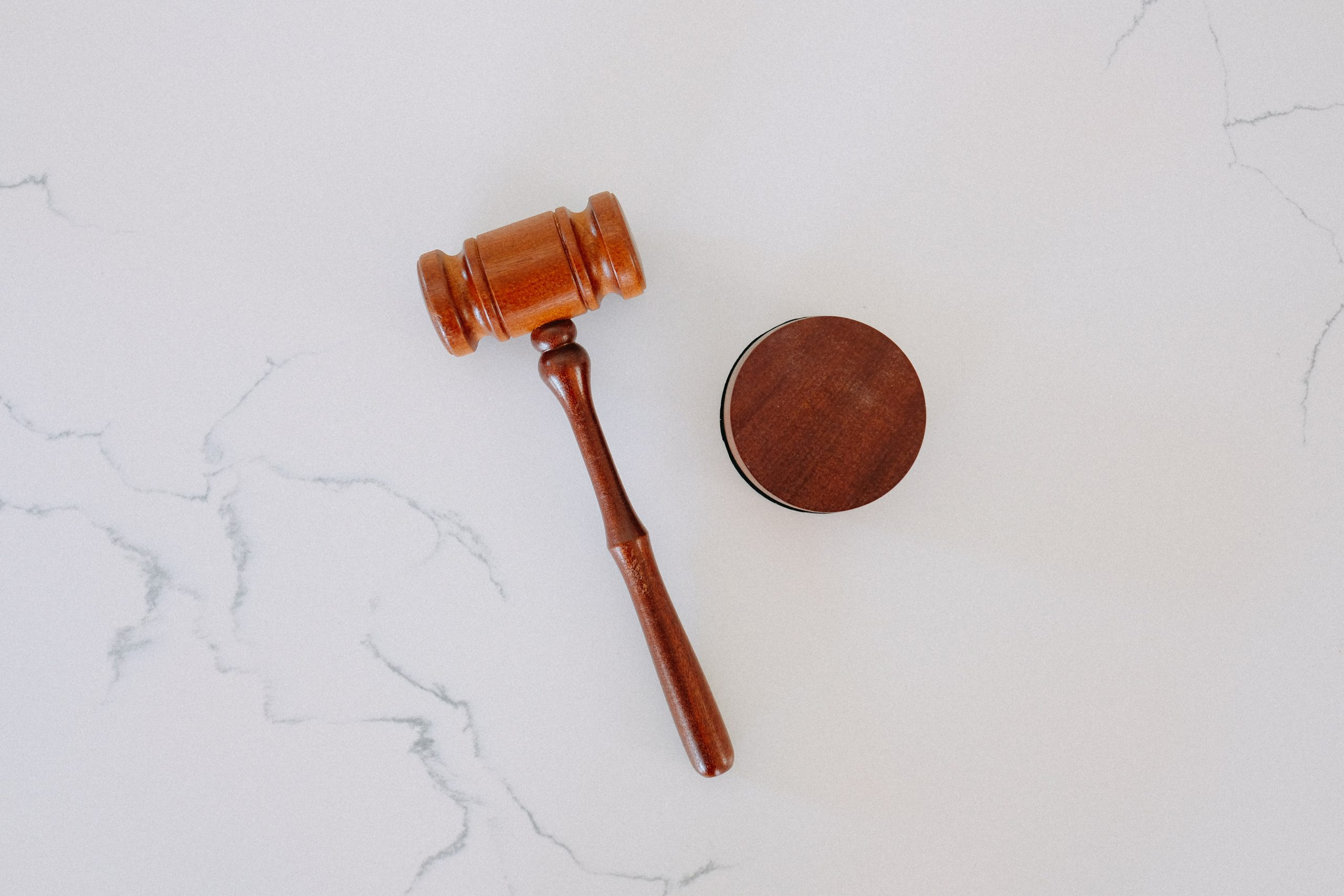 tips-to-reduce-your-chances-of-getting-sued-as-an-agent